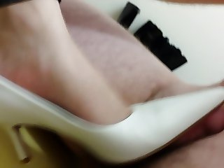 Buffalo White Pointy Heels - Size 40