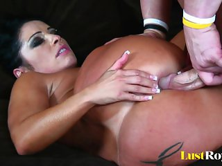 Big ass Monica Santhiago lives for penis nectar