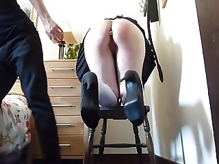 Slave's ass got Caned