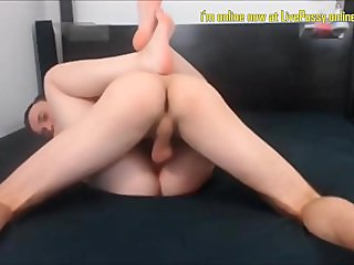 Girls Eating Pussy