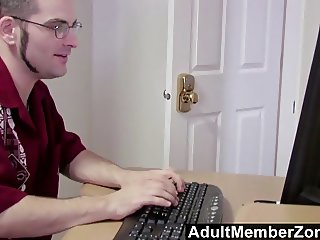 AdultMemberZone - Vanessa Gold just want to fuck a geek