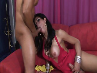 Isabelly Loves It In Her Mouth - Scene 1