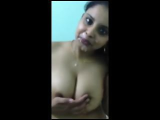 Horny Desi Indian Nilufa Bhabhi