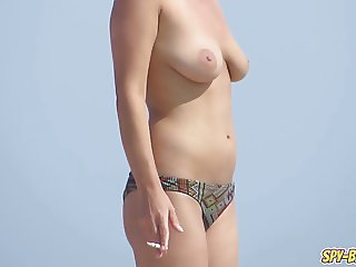 Amateur Horny Topless Teens - Voyeur Spy Beach Video