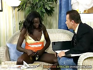 Hot African babe knows how to avoid rent
