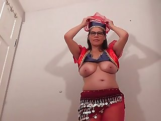 Busty Tina - Belly dance (SC please don't delete)