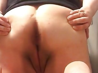 Cute BBW fart and pussy play