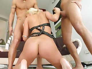 Rough anal hardcore sex with Carla Cox from Ass Traffic