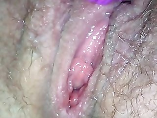 Miss white waters cumming on toy hard