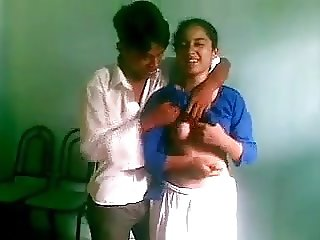 Desi bangla SSC students fuck in Class muslim suck doggy