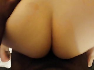 Thick PAWG gets fingered, squirts, sucks and fucks in hotel