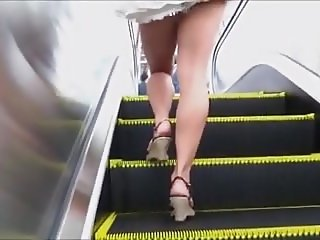 Candid Open High Heels In Public 12