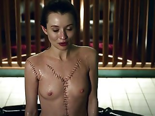 Emily Browning American Gods