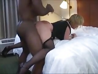 Mature fuck in doggy