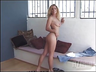 Hot solo girl porn from the past still still lifting heads