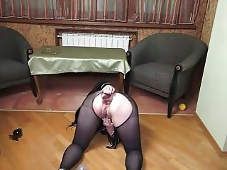 AssStretching with RavenHaired  Bel la ch1
