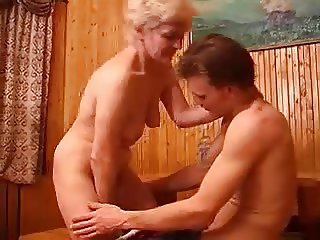 Russian housewife having sex with a neighbor - pinguino69