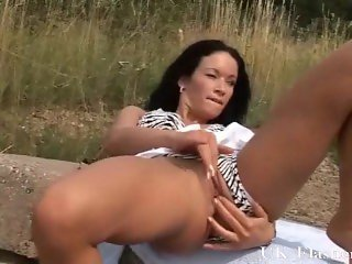 Outdoor masturbation and daring public pussy flashing of sexy amateur