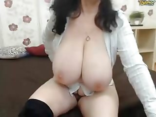 Huge tits granny webcam 6of10