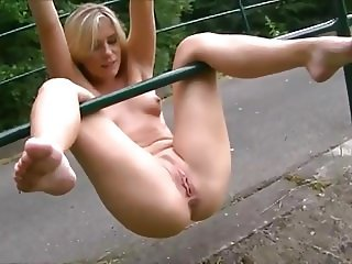 This chick loves to play naked outside and piss for you