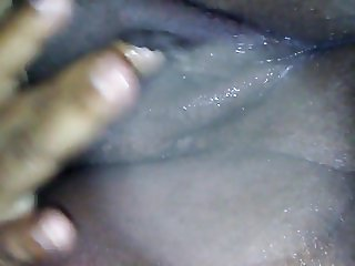 Wet fat ebony pussy cumming