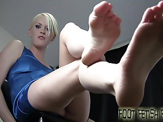 Lick between each one of my little toes