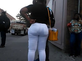 Bubble Booty African Milf in White Jeans