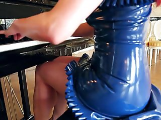 Sweet young Lady 03 - Blue Latex Skirt