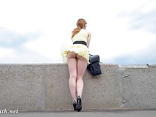 Jeny Smith public flasher great upskirt views on the streets