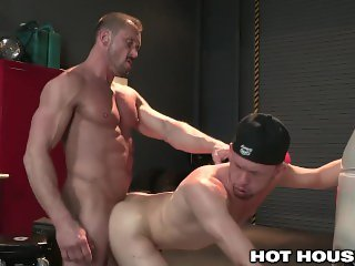 HotHouse Muscle Daddy Dominates at the Garage