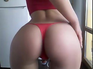 Sexy body on Webcam