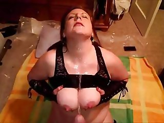 sad dick sucking wife gets pissed on