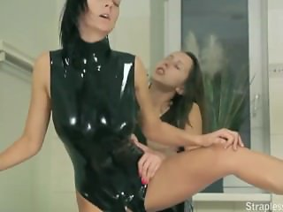 Latex Lucy 6