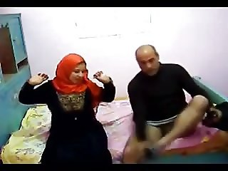 Egyptian hijab milf cheating hidden cam