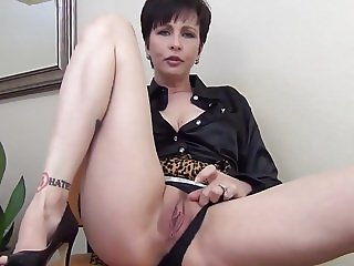A Creampie For Mommy