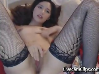 Amateur Teen To Crave For On Cam