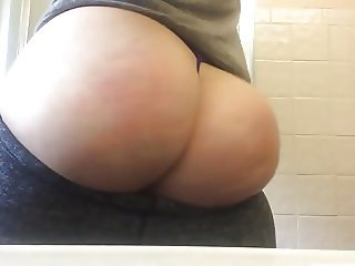 Jiggly ass Pawg spanking