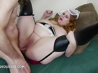 Housemaid asked for his cock in her ass