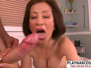 Best Step Mom Kim Anh Ride cock Hard Young Step son