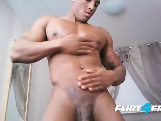 Jose Ashanty on Flirt4Free Guys - Tan Latino Bodybuilder Cums and Showers