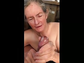 Granny Makes Handjob For Eat Sperm 02