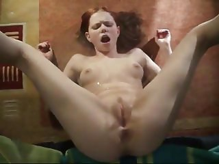 Amateur - Cutie Redhead Teen Self Facial Pee