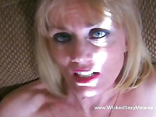 Blowjob From The Best GILF Around