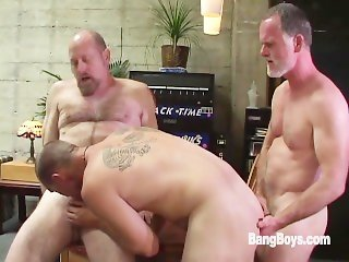 Suited for Sex, Scene 3