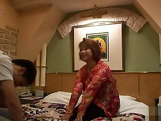 phenomenal blow job of a mature asian