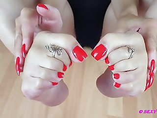 Sexy Lena and her beautiful feet