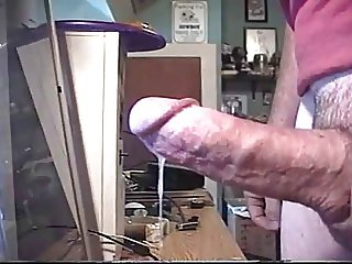 cumming on cam