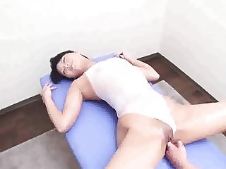 Japanese Pussy Massage Play - Uncensored