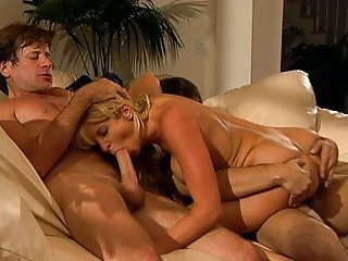 Tara in threesome police action
