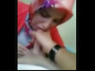Pleas cum in my mouth -Arab Girl